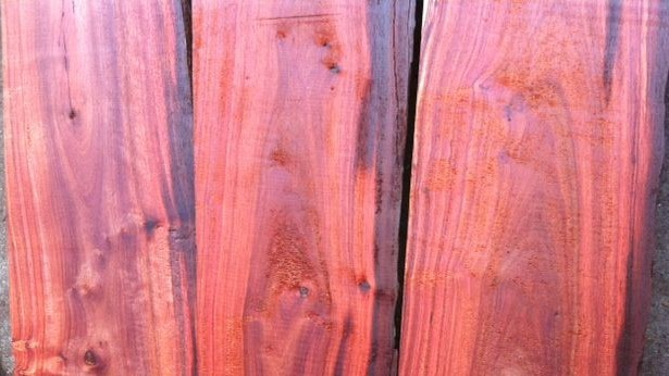 本文关键字:非洲酸枝微凹黄檀木材