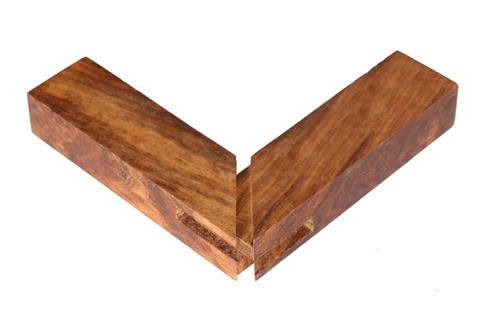 除了精美,实用等优点,家具榫卯结构透出的内蕴阴阳,相生相克,以制为衡
